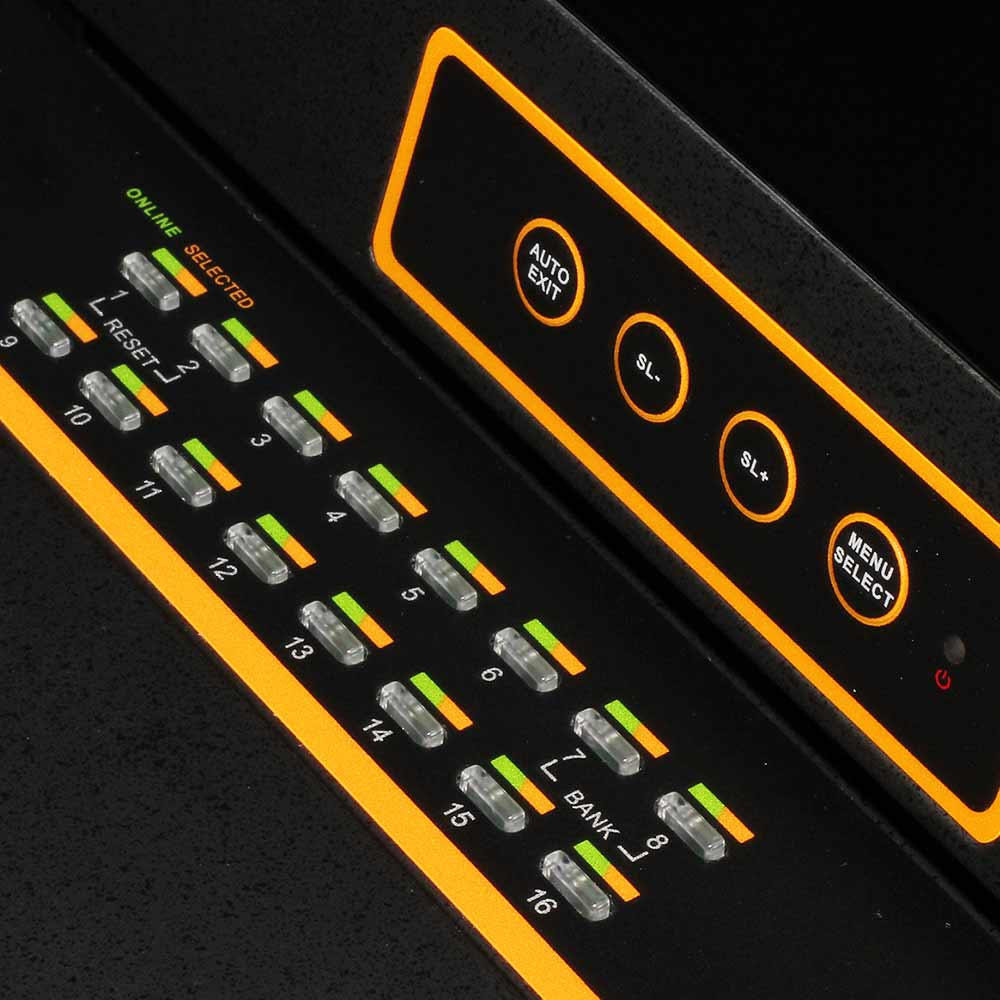 LC1716 17″16网口 LED 液晶KVM控制平台